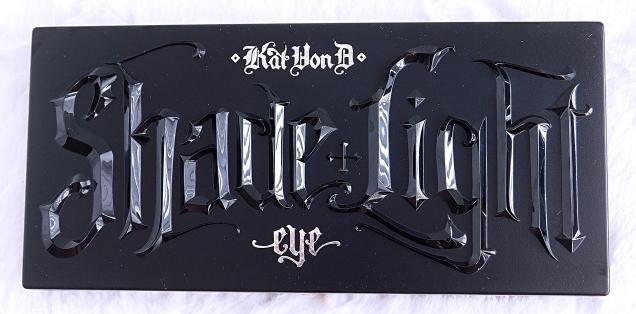 Kat Von D Shade + Light Glimmer Eye Palette_front cover